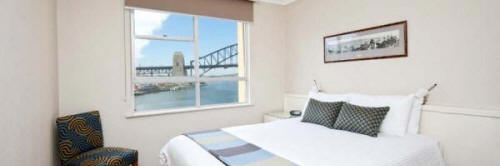 One Bedroom Apartment - Bedroom with Harbour View