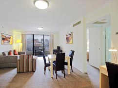 Apartment - Oaks on Castlereagh