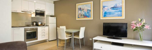 Studio Kitchen - Harbourside Apartments Sydney