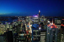 Apartment Night View - Meriton World Tower Apartments Hotel