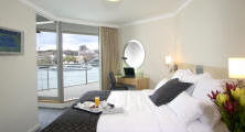 Bedroom overlooking Sydney Harbour
